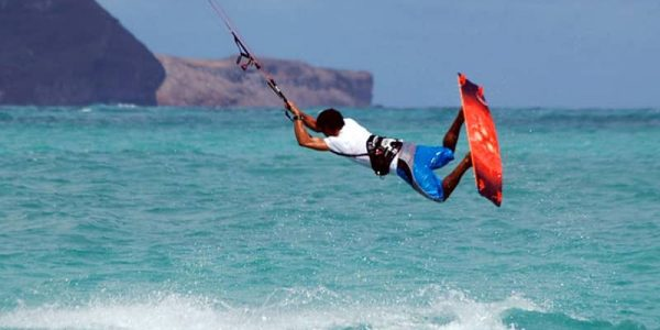Kiteboarding school in Asia